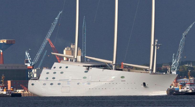 Власти Германии сняли арест с яхты российского миллиардера