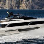{:ru}Ferretti представила яхту Riva 100'Corsaro{:}{:ua}Ferretti представила яхту Riva 100'Corsaro{:}