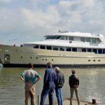 {:ru}Голландская верфь Hakvoort спустила на воду яхту проекта YN250{:}{:ua}Голландська верф Hakvoort спустила на воду яхту проекту YN250{:}