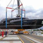 {:ru}Roberto Cavalli обзавёлся яхтой{:}{:ua}Roberto Cavalli обзавівся яхтою{:}